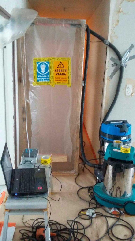 Asbestipurku osastointimenetelmällä
